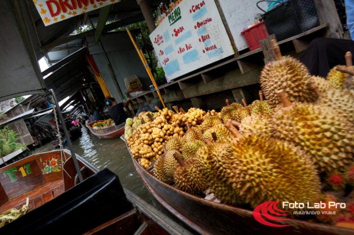Thailandia floating market