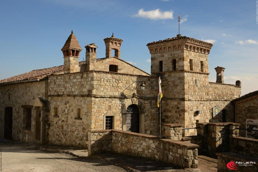 Borgo Votigno di Canossa