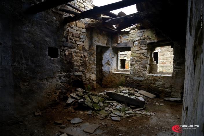 Castiglioncello borgo fantasma Moraduccio